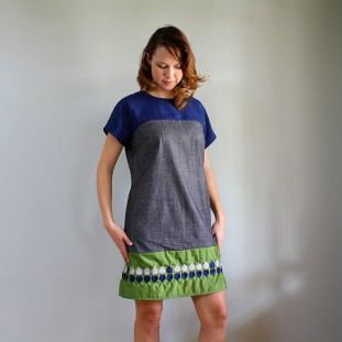 Vogue 8805 dress front