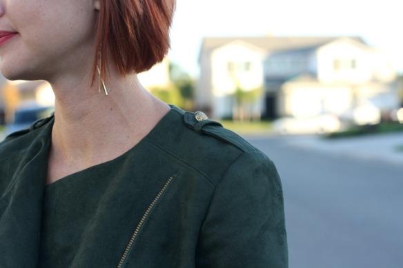 simplicity-8174-shoulder